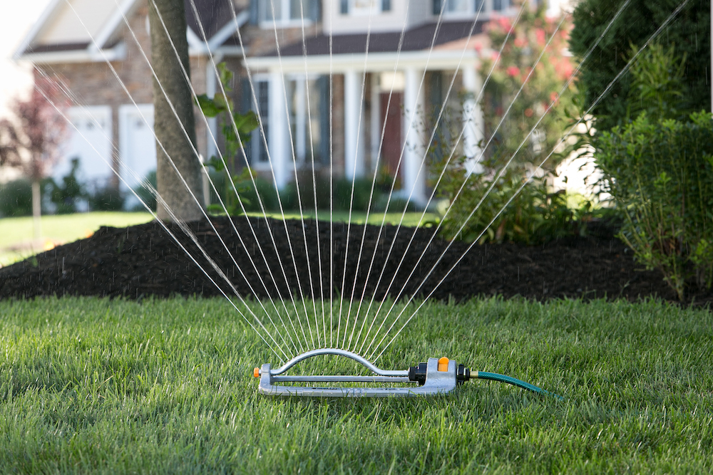 ft. Melnor XT Metal Turbo Oscillating Sprinkler; Waters up to 4000 sq